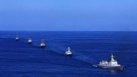 """海盗横行大肆烧杀抢掠,中国在""""恐怖之海""""干的这件事有多重要?的头图"""