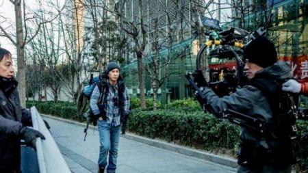 甄子丹陈乔恩新片开拍,《大师兄》票房能否超越《战狼2》?