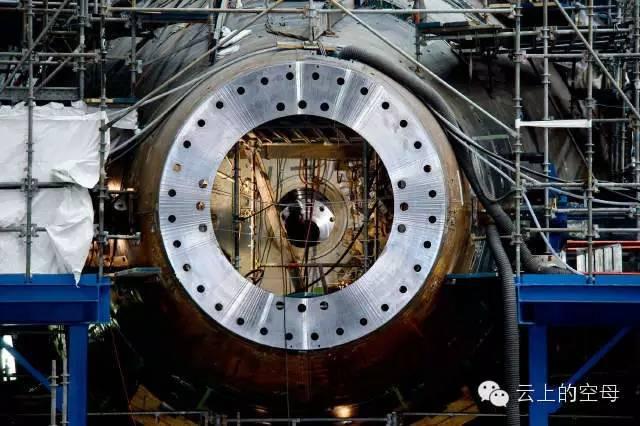 潜艇推进装置结构