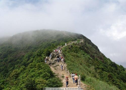 梧桐山登山路线_登大梧桐山,从哪里上最好,到山顶需要多长时间_百度知道