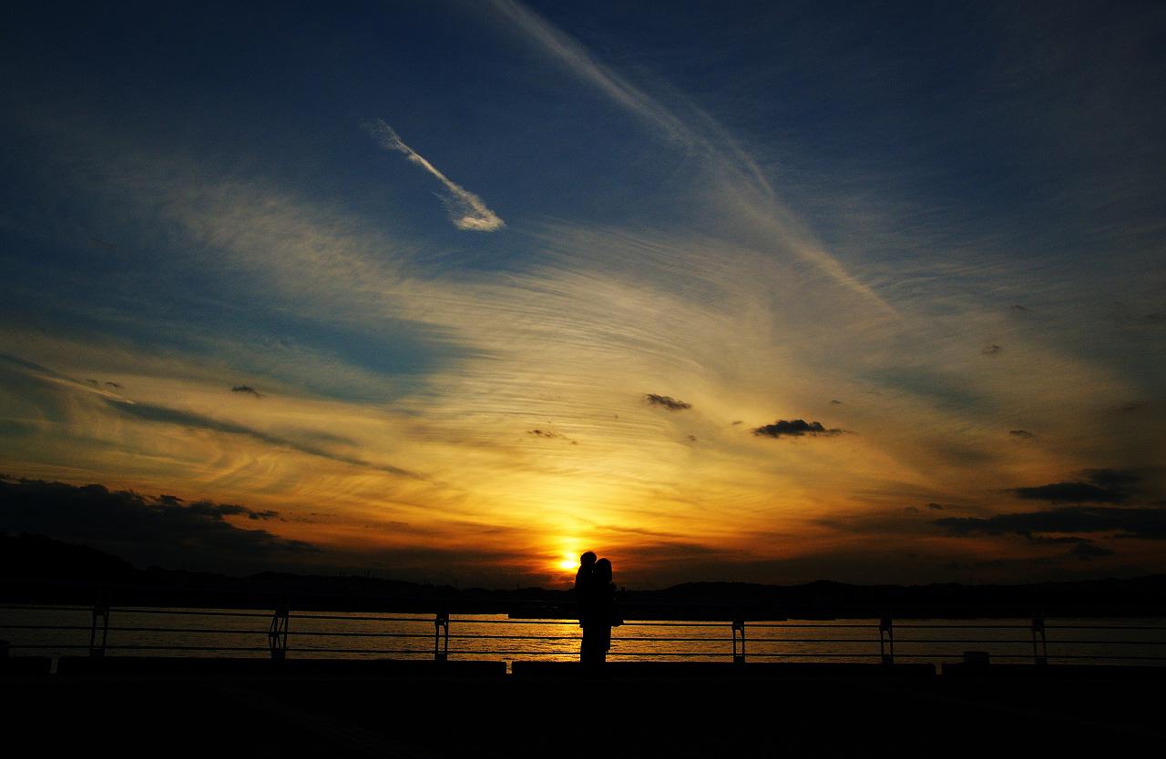 帮忙起个网名_求黄昏夕阳高清图。别就给一两张…_百度知道