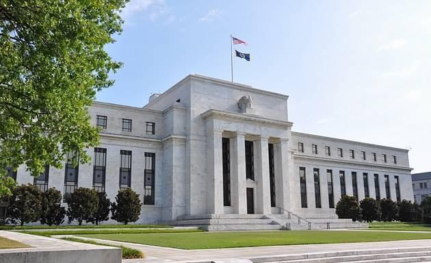 美国货币政策制定依据