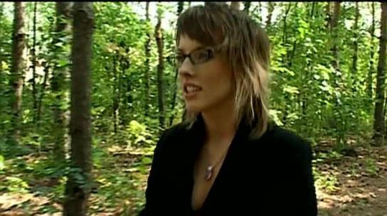啄木鸟最新剧情片_这个啄木鸟女生叫什么名字?