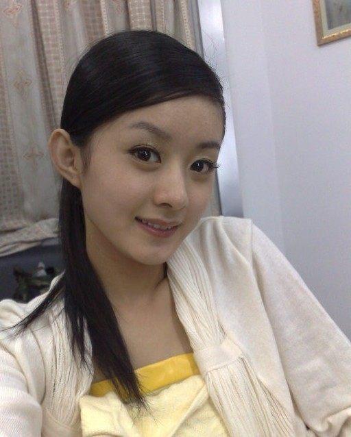 自拍真是丑_赵丽颖最丑素颜自拍照曝光,你敢相信照片里是她吗