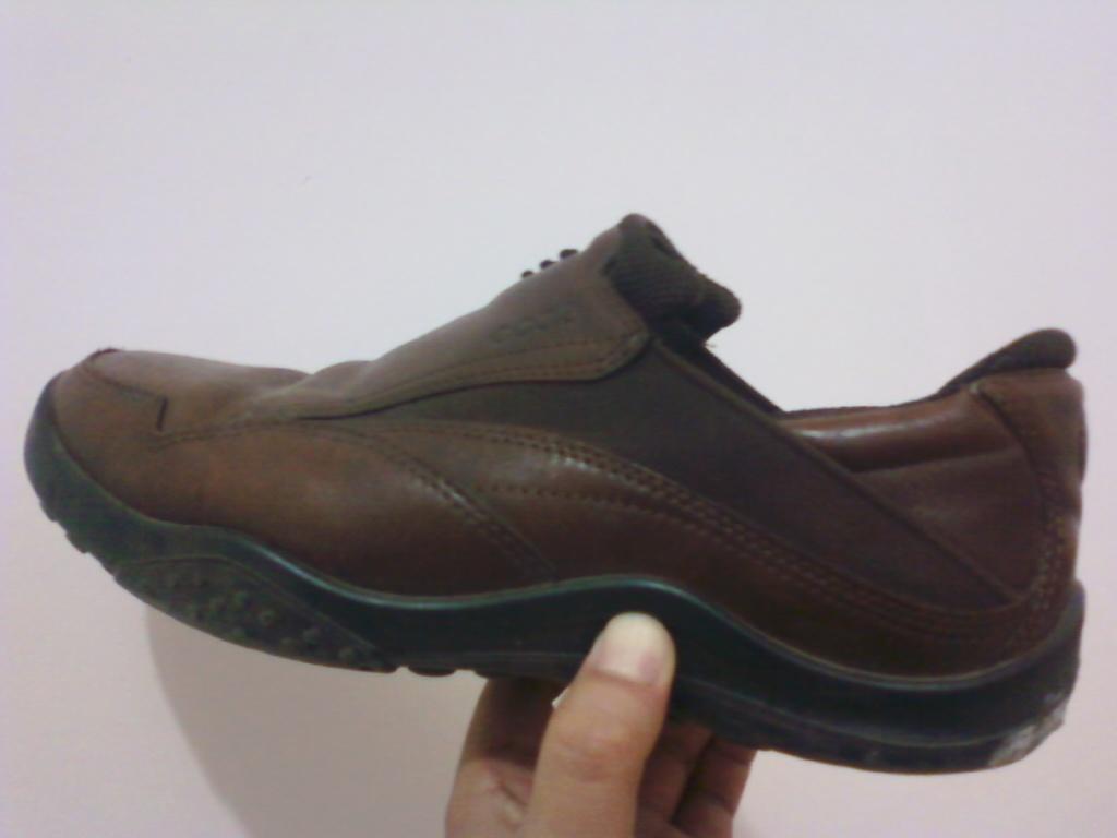 怎么自己更换皮鞋鞋底 旧皮鞋可以换全部鞋底