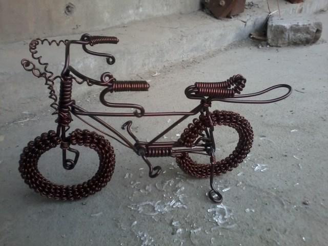 软铁丝制作的小工艺品_怎样用铁丝做工艺品_百度知道