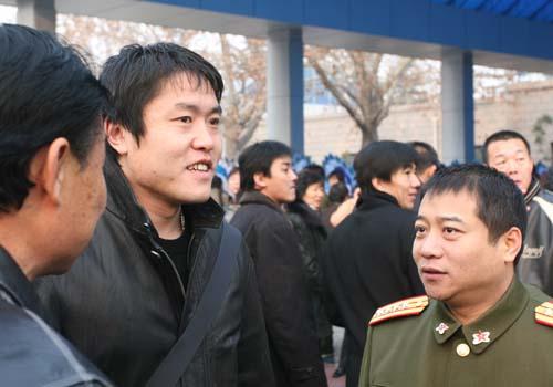 乒乓名将王涛是少将军衔吗?