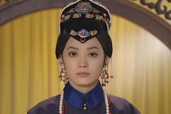 撑起大清王朝的孝庄太后,死后停尸宫中37年,康熙为何不愿将其下葬?