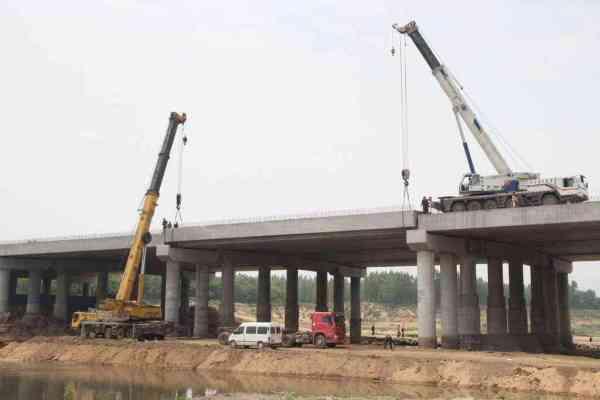 道路桥梁毕业设计_道路桥梁工程主要学哪些课程?_百度知道