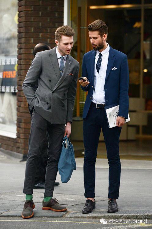 17岁男 在发廊学徒 不怎么会搭配衣服鞋子 要那种配西裤衬衫的鞋子