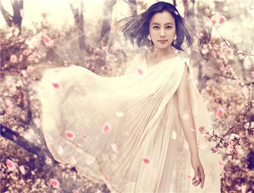 """同样是""""甜歌皇后"""",李玲玉与杨钰莹有何区别?"""
