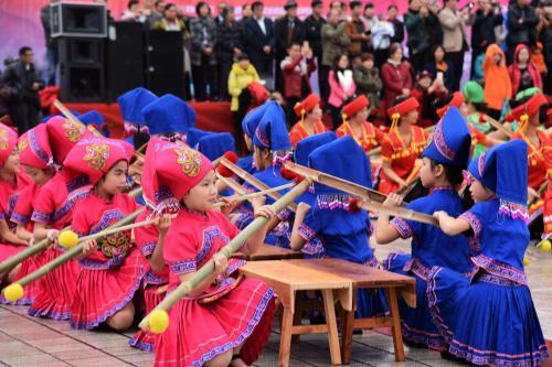 白族的火把节_中国少数民族有哪些传统节日_百度知道