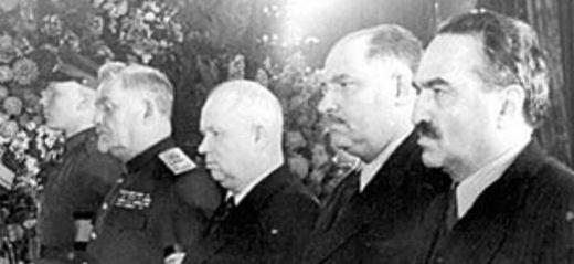 苏联唯一政变上台的总统,将国家建得最强大,但为何却备受唾弃?