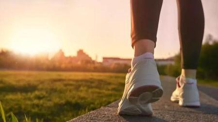 同样是走路!为什么有人越走越长寿,有人却走出一身病?