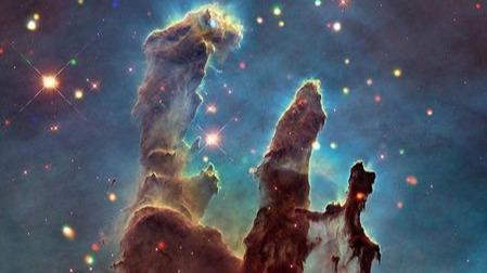 惊艳的宇宙之美!创造之柱还没有被摧毁