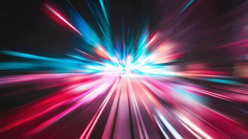 超光速飞船能飞出整个宇宙吗?