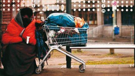 在德国,租?#40644;?#25151;的穷人生活有多难?的头图