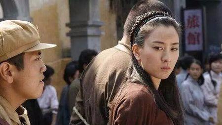 湘西19岁最美女土匪:恨死日军,谁杀一个鬼子就陪谁睡一晚!