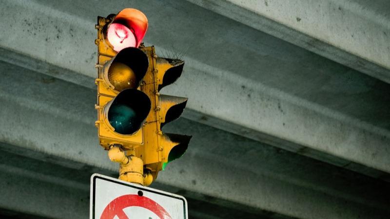 前方高能,不注意这些信号灯可能会让你上不了路