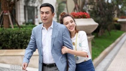"""张嘉译拍偶像剧上演父女恋,你能接受""""父女恋""""吗?的头图"""