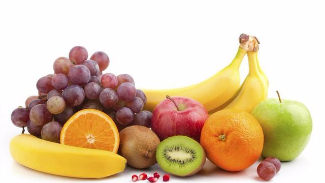 水果削皮还是带皮吃?早上吃还是下午吃?的头图