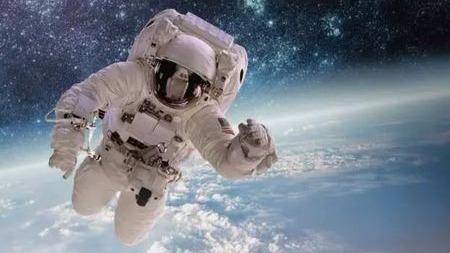 太空中究竟有何宝贵资源让各国竞相争抢?的头图