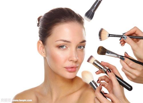 化妆都需要哪些东西_简单的化妆需要哪些东西?要最基本的._百度知道