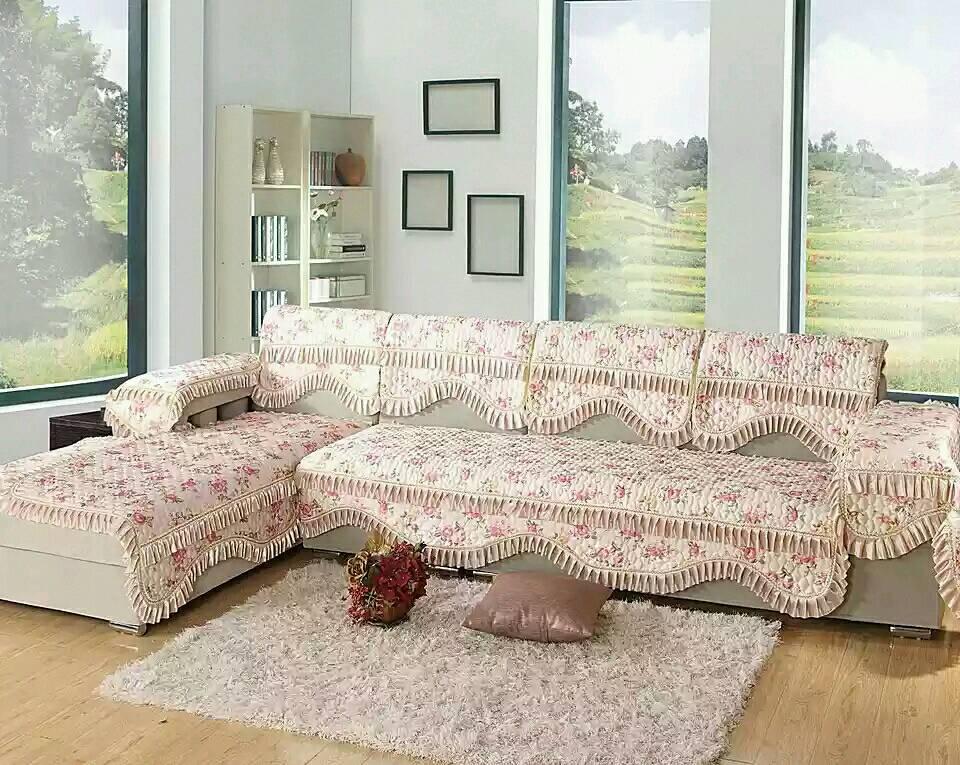 灰色沙发搭配沙发垫_黄色大组皮沙发搭配什么颜色的沙发垫更漂亮_百度知道