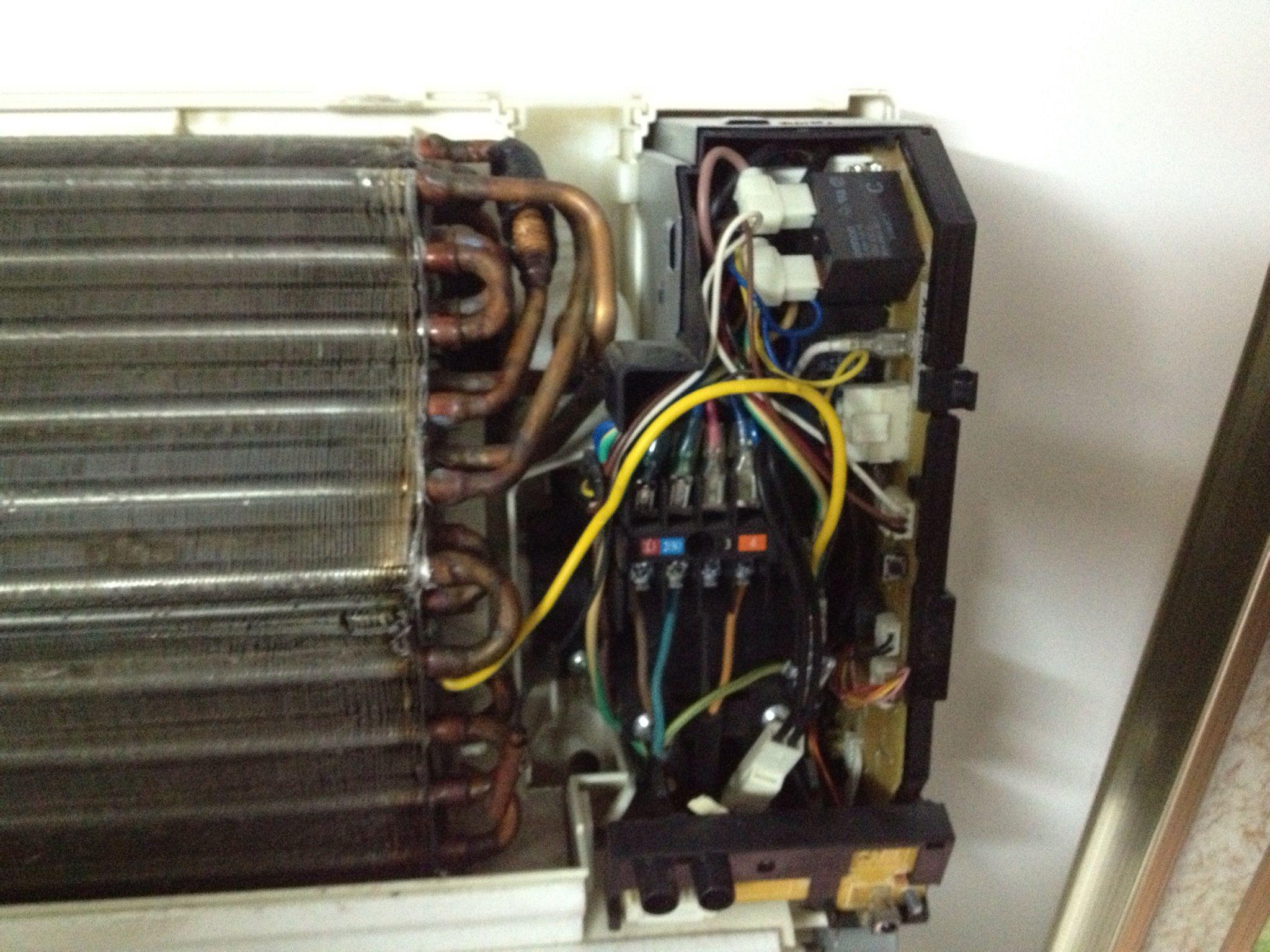 空调感应器_松下挂式空调室内机(2P)进风口温度传感器在哪个位置,怎么找 ...