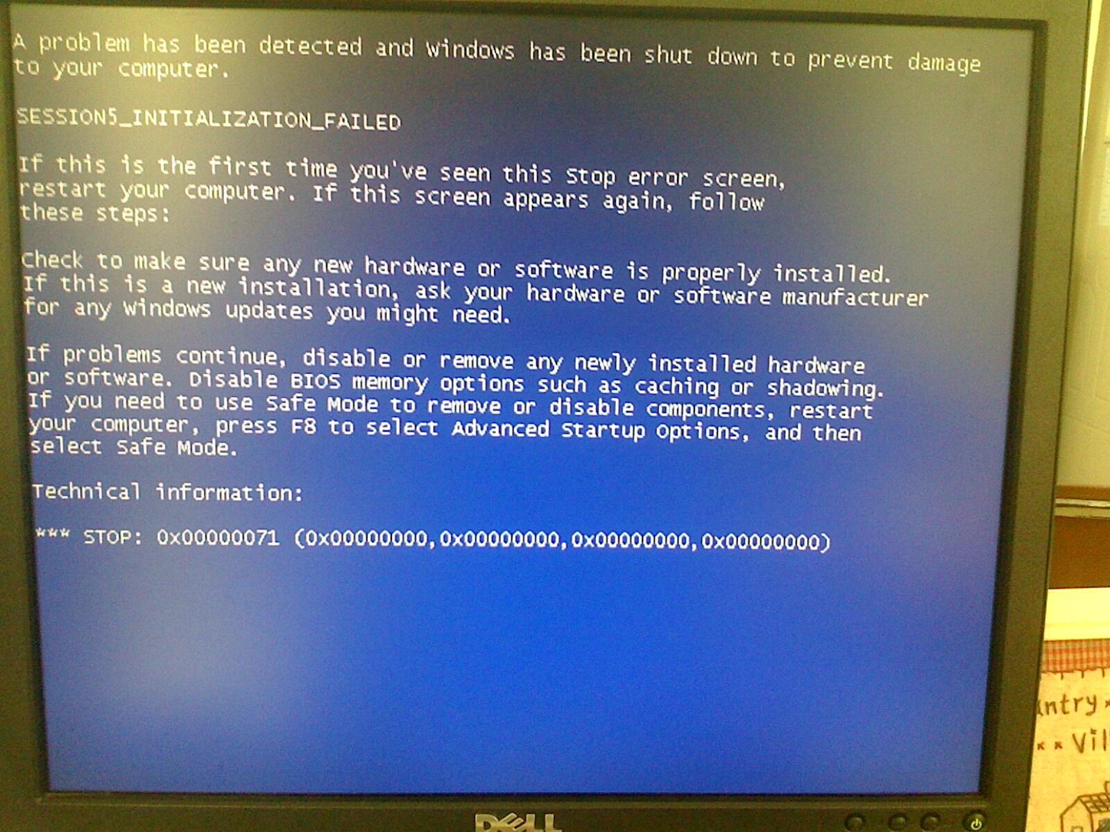 Dell lnc optiplex 380 进入PE蓝屏,进入bios看不懂,不知道怎么