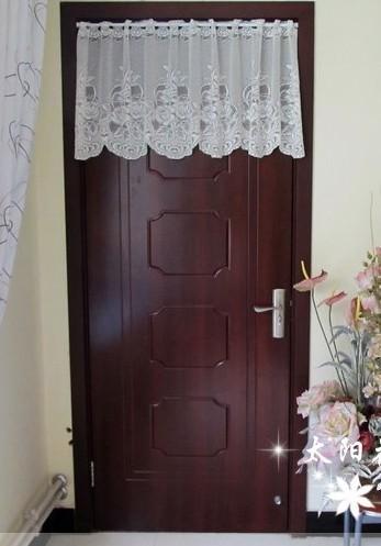 厕所门人体_搬新家,厕所门正对主卧门,风水帘是不是必要选择水晶帘?