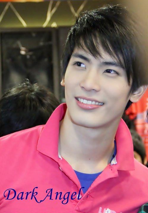 泰国演员vill_谁知道泰国演员SON的具体资料_百度知道