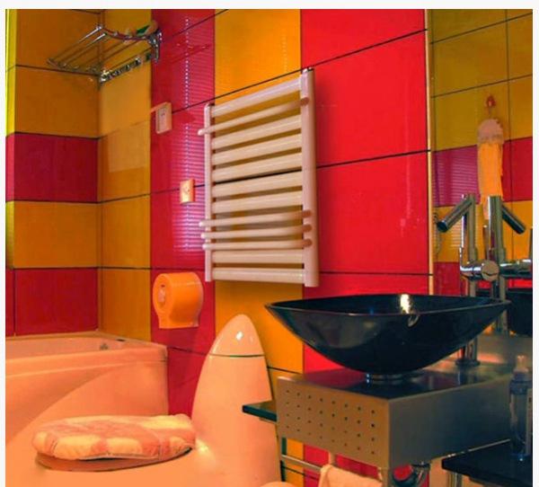 卫生间什么样的暖气片好? 钢制还是铜铝 背篓还是什么的?