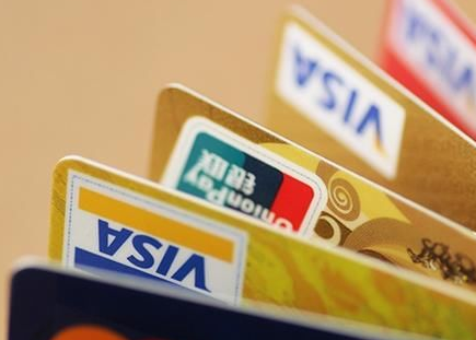 【信用卡和储蓄卡的区别】信用卡与储蓄卡的区别