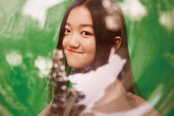 李嫣否認逛夜店,13歲李嫣國外與同學逛夜店穿搭時尚造型精致秀香