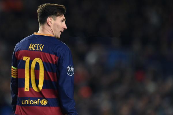 梅西在巴萨几号_梅西现在在巴萨穿几号球衣?_百度知道