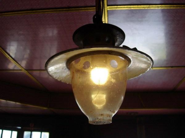 什么灯无须电也能亮?