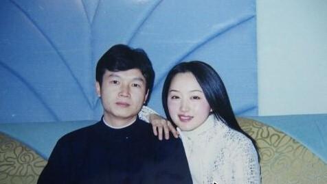 杨钰莹,年过48,穿衣打扮还和少女似的,为啥没人嘲笑她装嫩?