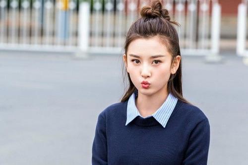 慕斯娱乐:早秋时尚boys与girls上线众多明星的早秋写真你最喜欢谁的?