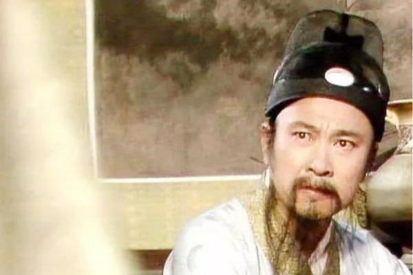 贾元春是贵妃,为什么忠顺王府的长史还敢对贾政颐指气使?