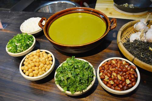 具有清肠的作用,油茶的来历是什么?