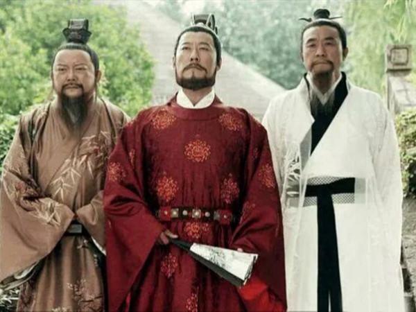 刘伯温为朱元璋斩龙脉的时候,错过了哪里导致大清崛起?