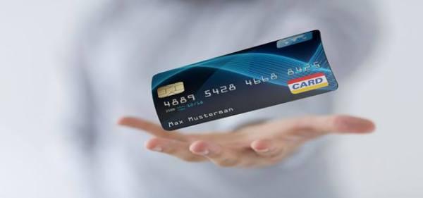信用卡距离到期还有两年,怎么突然来电话说业务到期了?