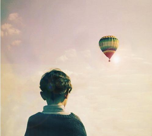 性格孤僻的表现是什么样子?怎样才能开朗点