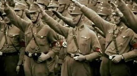 希特勒为什么当总理一年后就取缔其王牌部队?的头图