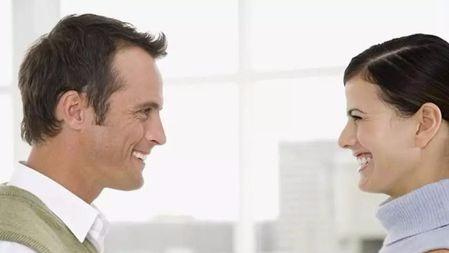 为什么交谈时无法全程进行眼神交流?仅仅是因为尴尬吗的头图