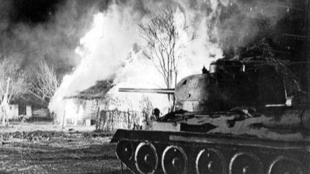 纳粹德国最强重型坦克首战为何惨遭败绩?