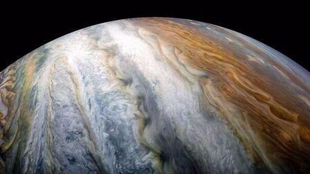 木星的大气带不是一般地厚